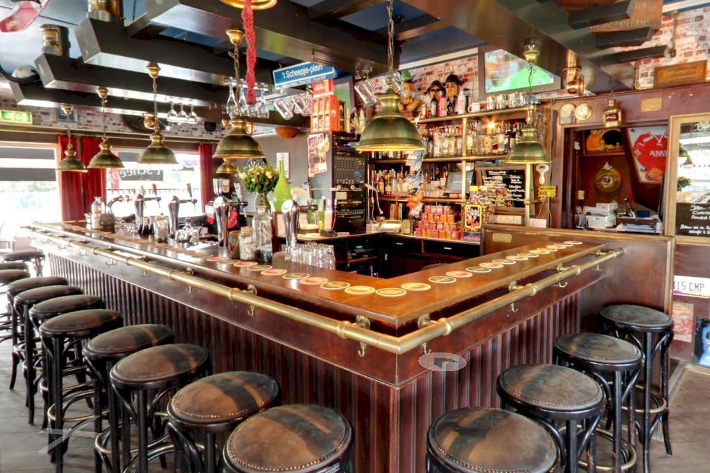Onze gezellige bar
